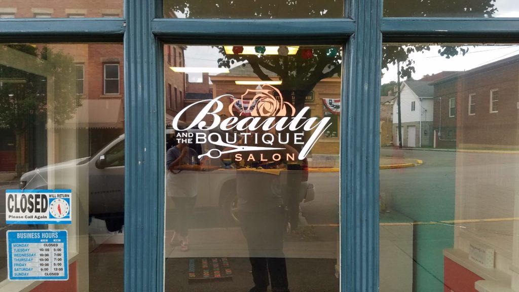 beauty-boutique-window