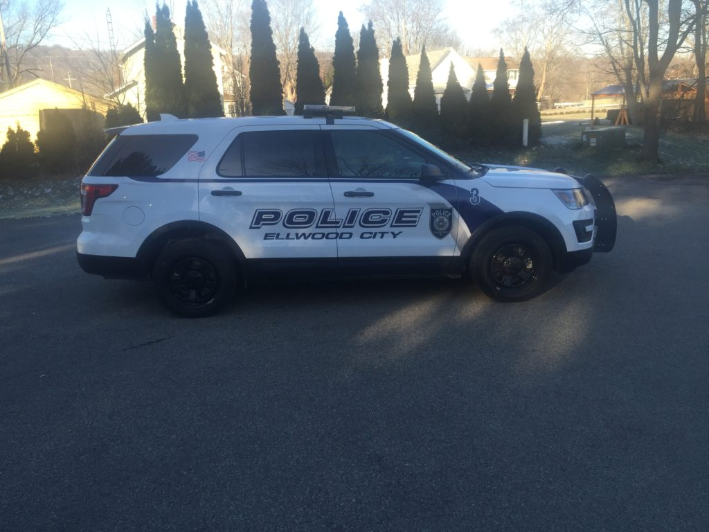 ellwood-police-vehicle